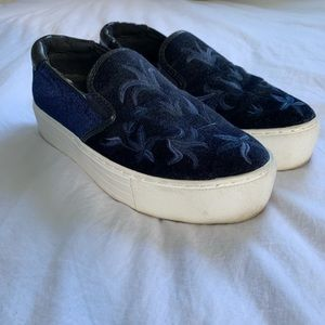 Kenneth Cole suede shoes